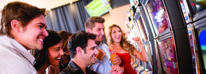 Comment gagner au casino : machines à sous et jeux de table