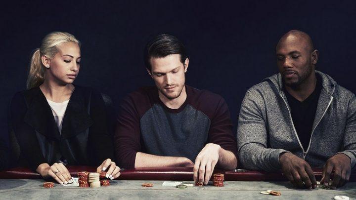 Poker en ligne ou au casino, les différences